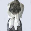 l'étole de mariage ivoire de chez etole.com va avec tout, même en hiver